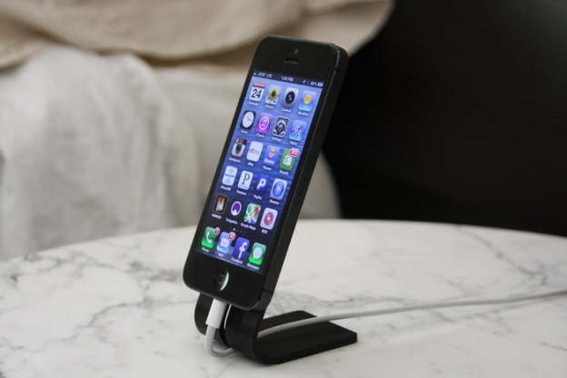 SETA Smartphone Stand for iPhone