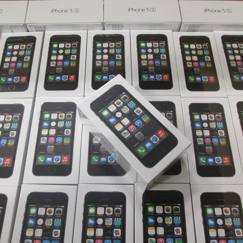 iPhone 5S und iPhone 5C jetzt schon in der Schweiz. Dank Digitec.