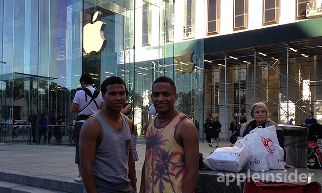 Fans kampieren bereits in New York für das iPhone 5S und iPhone 5C