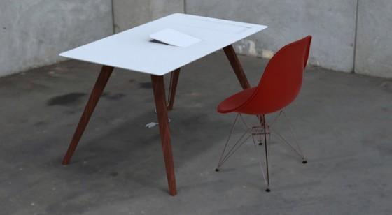 Apple Desk