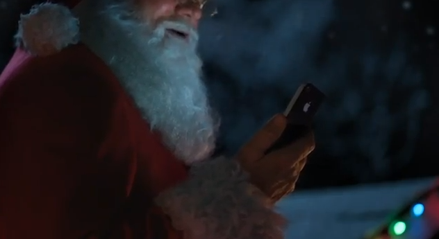Santa Claus hat ein iPhone 4S