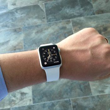 Renato Mitra mit der Apple Watch Sport
