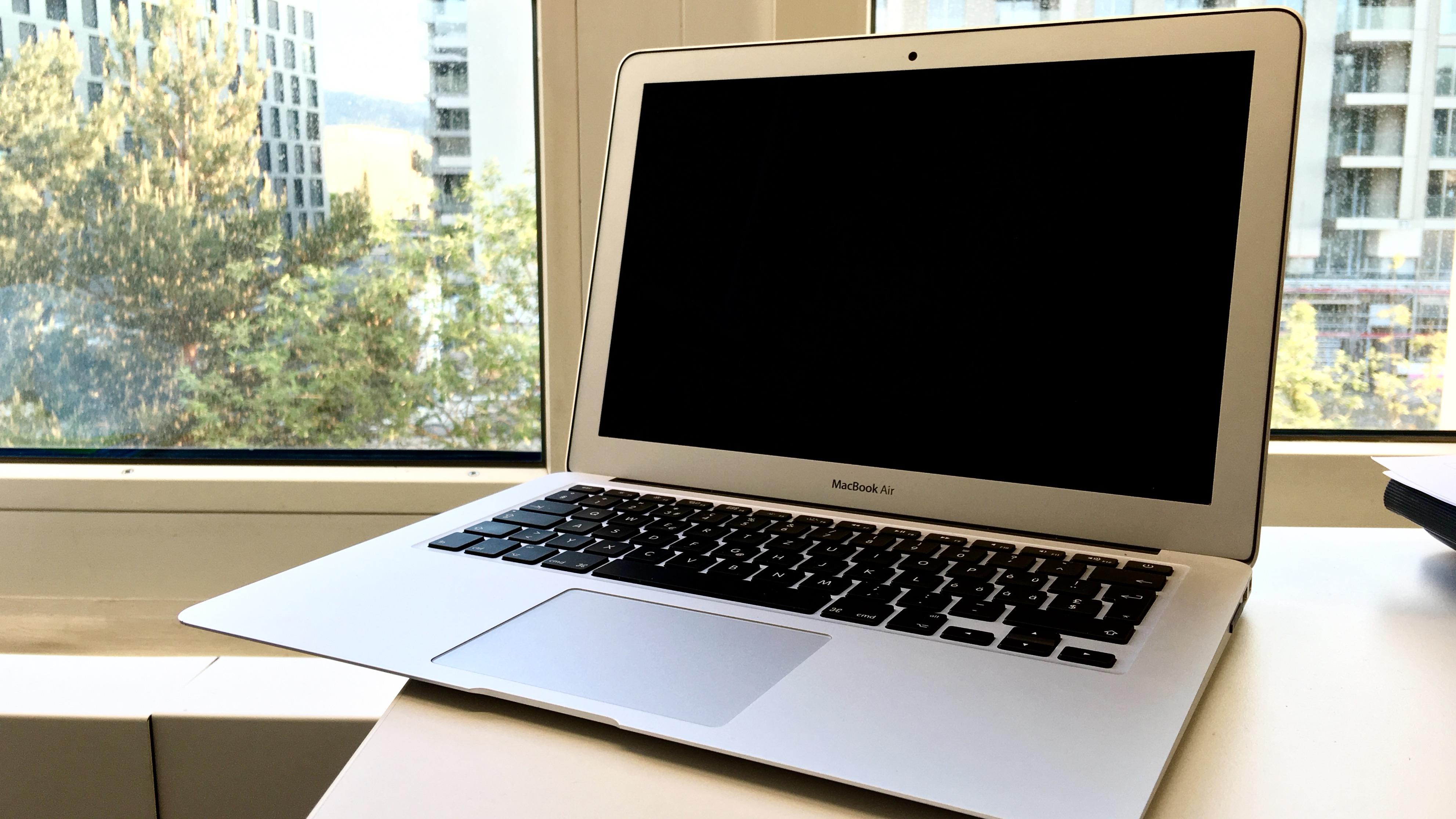 MacBook Air startet nicht mehr. Was tun?