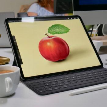 iPad Pro und Apple Pencil 2 auf Schreibtisch
