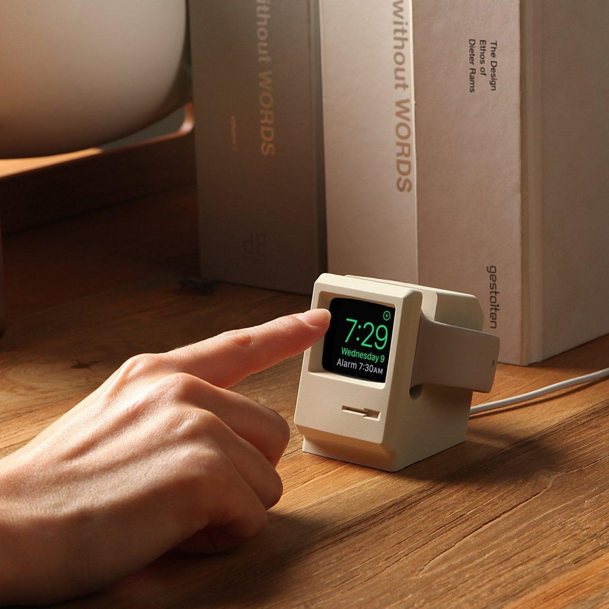 Die wohl beste und schönste Apple Watch Halterung für Apple-Fans.