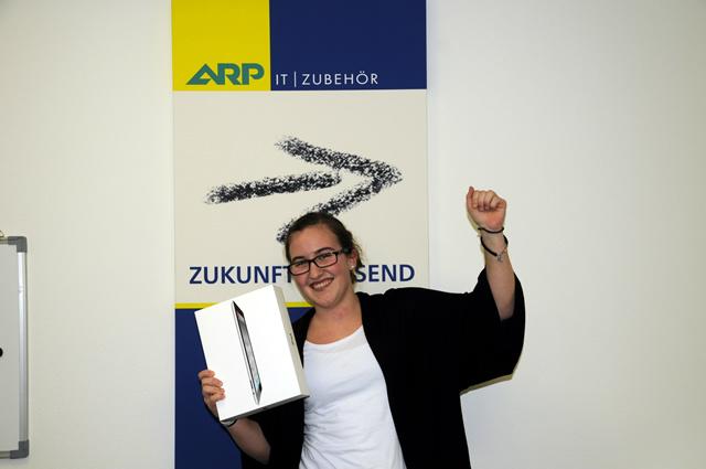 ARP Mitarbeiter bekommen iPad 2