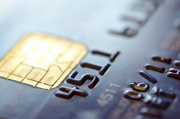 iOS 8 kann Kreditkarten scannen.