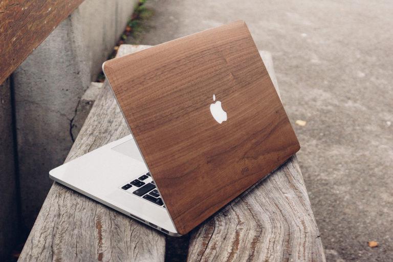 Achtholz Folien für das MacBook von Glitty