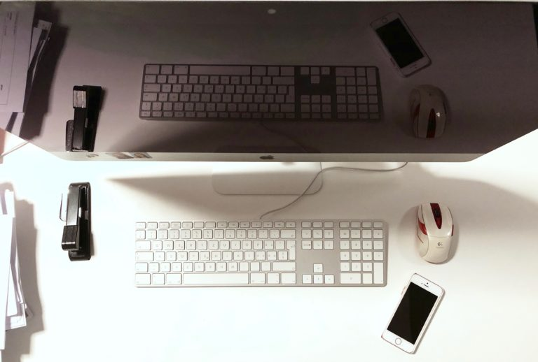 iMac auf Desktop