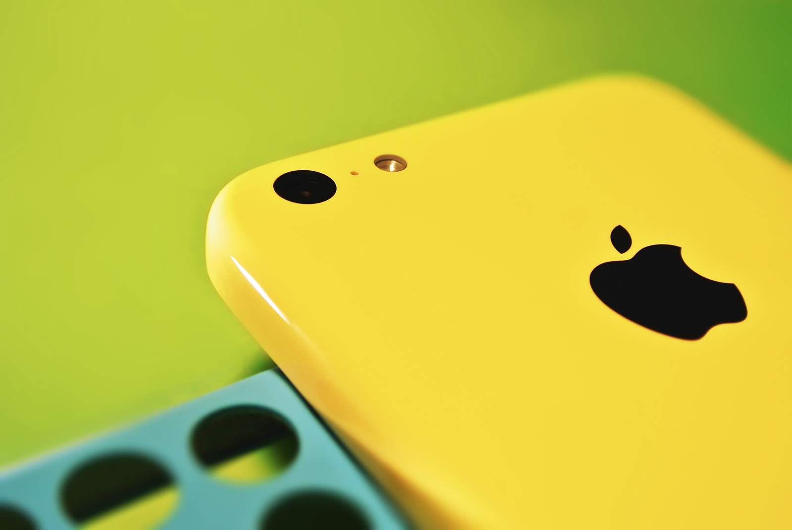 iPhone 5C – High-Tech bekennt Farbe [Gastartikel]