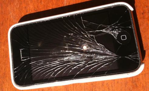 Unfälle mit dem iPhone passieren meistens im eignen Heim.